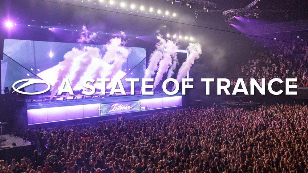 Armin live Year Mix 2015 a1