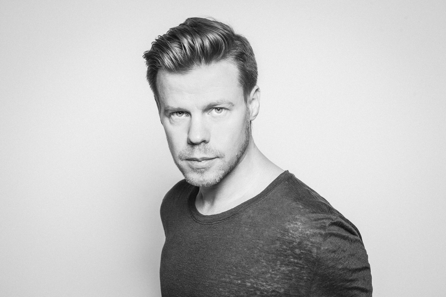 Ferry Corsten press 1